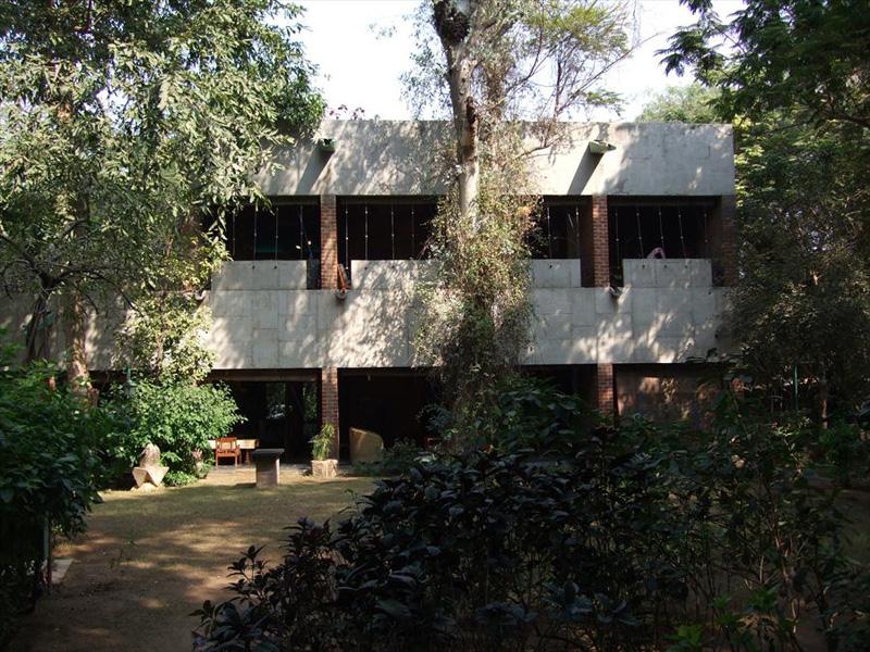 Ле Корбюзье / Le Corbusier. Вилла Manorama Sarabhai, Ахмедабад, Индия. 1951