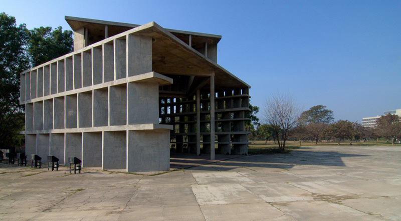 Ле Корбюзье / Le Corbusier. Башня Теней (Tower of Shadow),Чандигарх (Chandigarh), Индия. 1950-1965